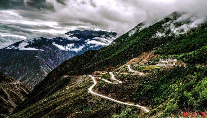 Sichuan Mountains