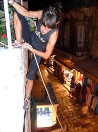 balcony-climb
